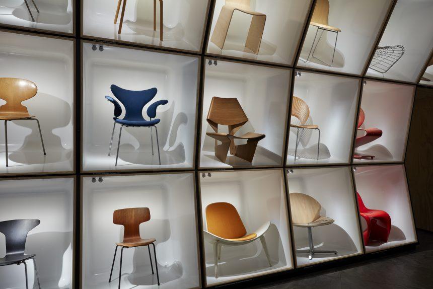 Gennemført udstilling af smukke stole