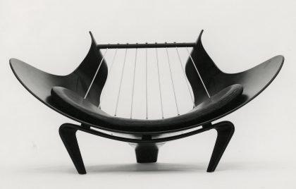 Spidsartikuleret eventyr om dansk møbeldesign